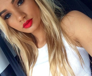 blonde, pia mia, and makeup image