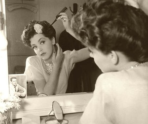 vintage, hair, and mirror image