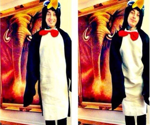 ronnie radke, falling in reverse, and penguin image