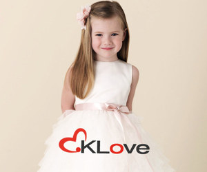 kid, lovely, and flower girl dresses image