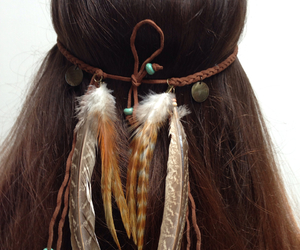 cheveux, feather, and glamour image