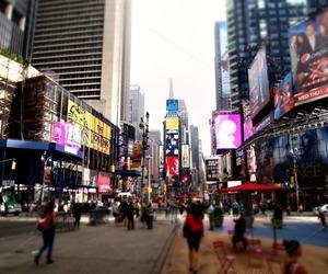 city, Dream, and enjoy image