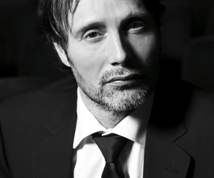 mads mikkelsen, actor, and handsome image