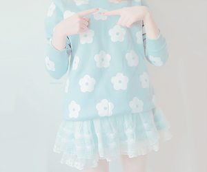 cute, kfashion, and blue image