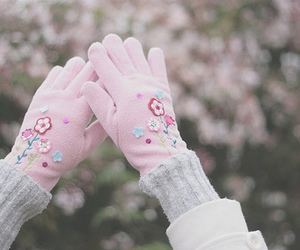 adorable, luvas, and beautiful image