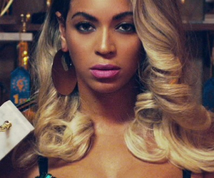 beyoncé, pretty hurts, and Queen image