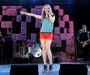 bridgit mendler and girl with style image