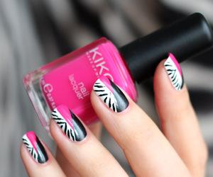 zebra nail art image