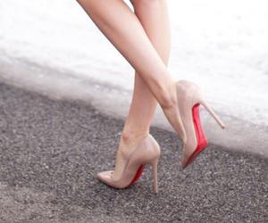 shoes, fashion, and louboutin image