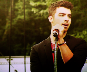 Joe Jonas, hermoso, and perfecto image