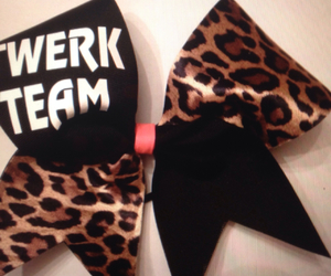 my favorite cheer bow image
