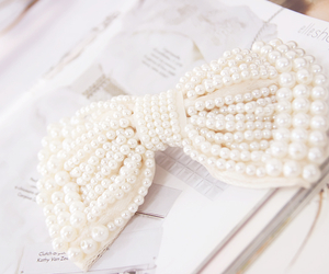 lovely, bows, and pearl white cute girly image