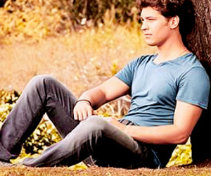 handsome, cagatay ulusoy, and medcezir image