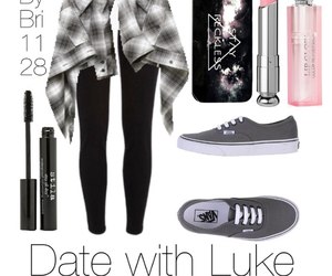 luke hemmings, outfit, and 5sos image