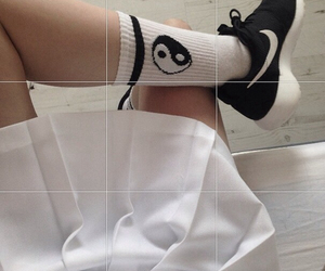 nike, grunge, and pale image