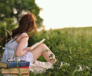 beauty and books image