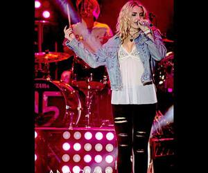r5, lynch, and rydel image