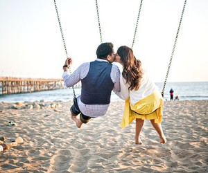 engagement session and love image