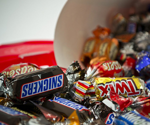 chocolate, yummy, and snickers image