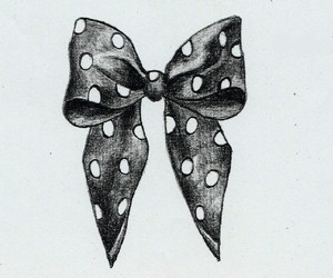 bow, black, and white image