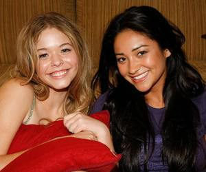 shay mitchell, sasha piertese, and emily fields image