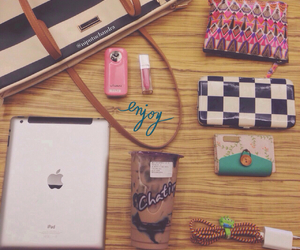 bag, charles and keith, and Maybelline image