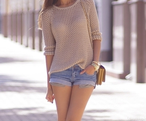 autumn, sweaters, and brunette image