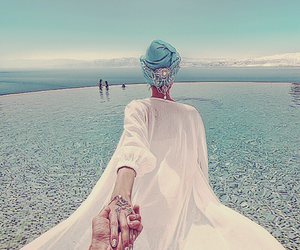 couple, blue, and murad osmann image