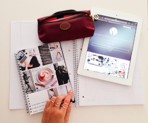 school and ipad image
