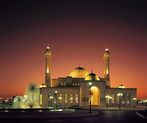 mosques and islamic architecture image