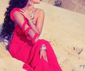 arab, dress, and hair image