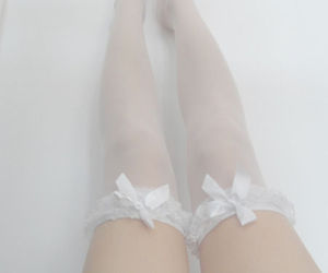 grunge, stockings, and pale image