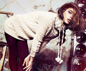 girl, fashion, and pull and bear image