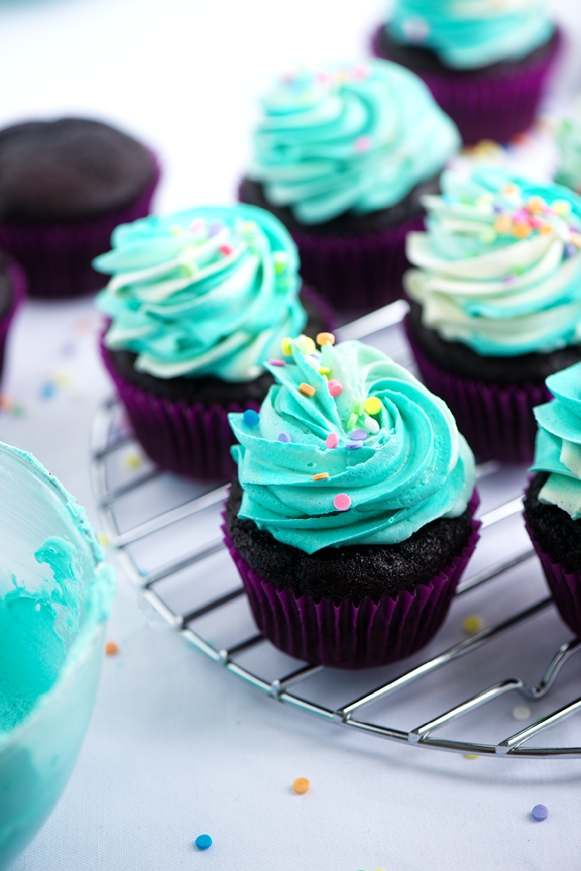 blue, food, and cupcakes image