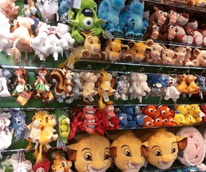sweet, disney store, and Peluches image