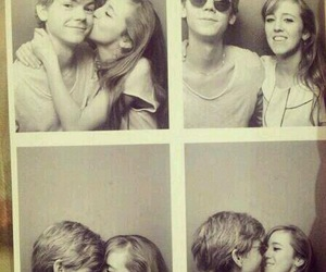 thomas sangster, couple, and girlfriend image
