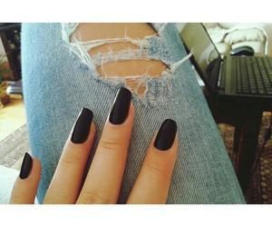 autumn, black nails, and fashion image