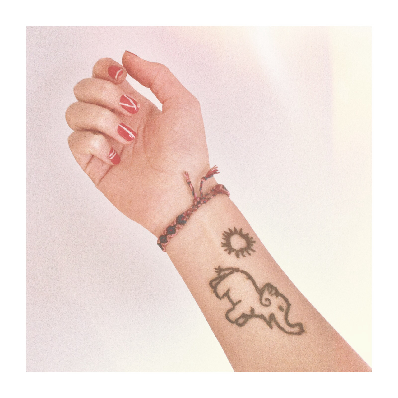 Selfmade Henna Discovered By Lotte On We Heart It