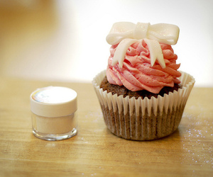 cupcake, food, and bow image