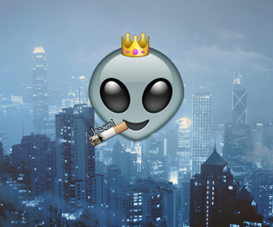 wallpaper, alien, and city image