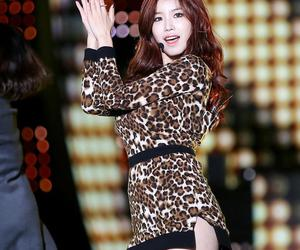 red hair, smile, and hyosung image