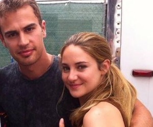 hug, sheo, and picture image