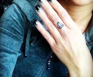 diamond, finger tattoo, and diamond tattoo image