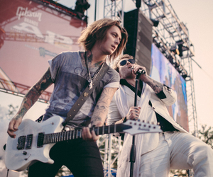 band, asking alexandria, and danny worsnop image