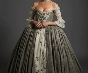 outlander and claire randall image