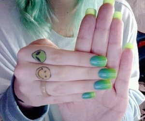 nails, alien, and grunge image