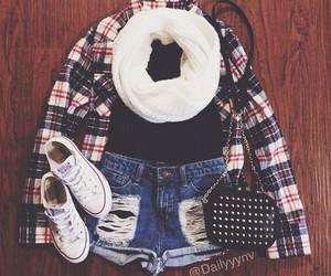 fashion, stylish, and highwaist image