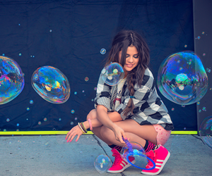selena gomez, bubbles, and selena image