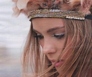 hair, headdress, and headpiece image
