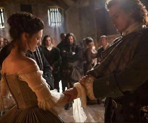 outlander, jamie fraser, and claire randall image
